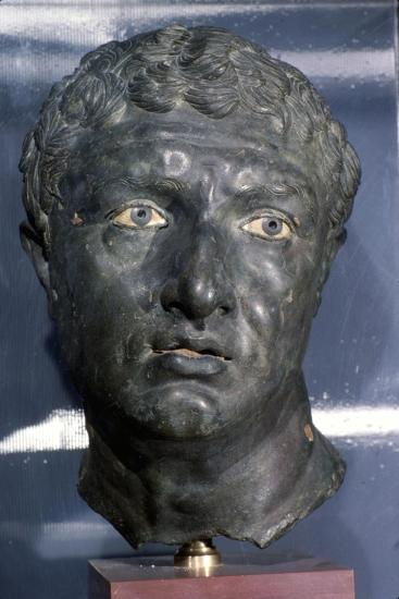 Bronze Greek Portrait head of a man, late Hellenistic Period, c1st century BC-Unknown-Giclee Print
