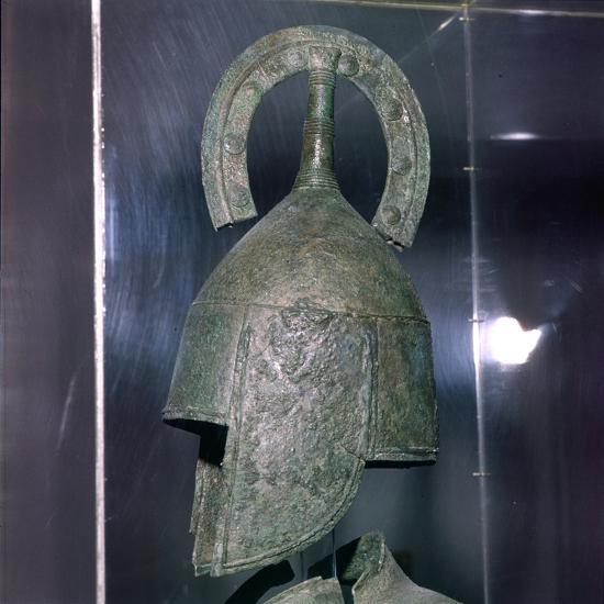 Bronze Helmet of Hoplite, 7th century BC-Unknown-Giclee Print