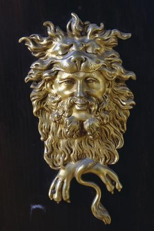 https://imgc.artprintimages.com/img/print/bronze-mask-detail-from-napoleon-iii-style-piece-of-furniture-with-imitation-boulle-inlays-france_u-l-pouw420.jpg?p=0
