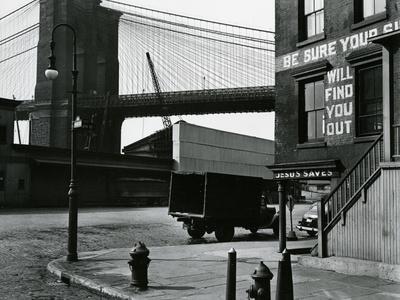 https://imgc.artprintimages.com/img/print/brooklyn-beach-and-street-new-york-c-1945_u-l-q1g6vzt0.jpg?p=0