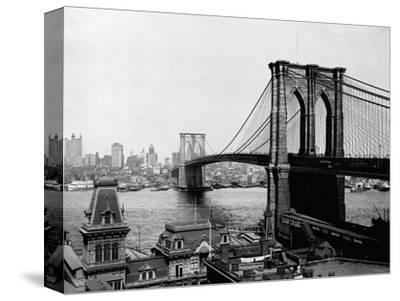 Brooklyn Bridge Over East River and Surrounding Area