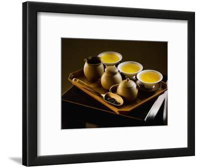 Oolong Tea Served with Japanese Tea Set