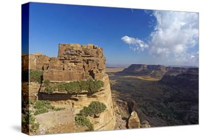 Ancient Town of Zakati, Central Mountains of Bukur, Yemen, Middle East