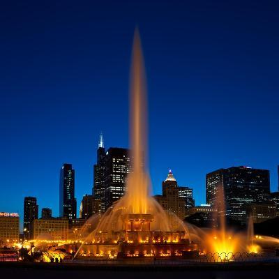 Buckingham Fountain Nightlight Chicago-Steve Gadomski-Photographic Print