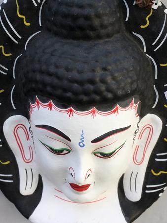 https://imgc.artprintimages.com/img/print/buddha-head-paris-france-europe_u-l-pftvly0.jpg?p=0