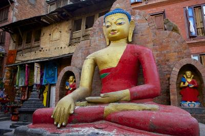 Buddha Statue-Simon Montgomery-Photographic Print