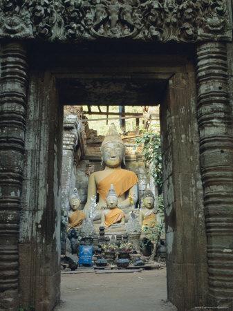 https://imgc.artprintimages.com/img/print/buddha-wat-phu-champasak-laos-asia_u-l-p2kc4r0.jpg?p=0