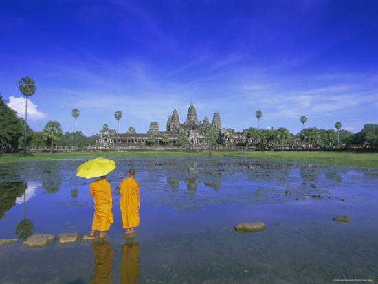 Buddhist Monks Standing in Front of Angkor Wat, Siem Reap, Cambodia-Gavin Hellier-Photographic Print