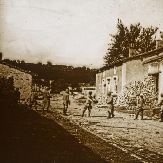 Building defences, c1914-c1918-Unknown-Photographic Print