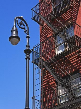 https://imgc.artprintimages.com/img/print/building-fire-escape-in-greenwich-village-downtown-manhattan-new-york-city-new-york-usa_u-l-p7l01k0.jpg?p=0
