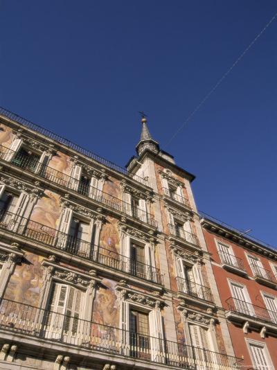 Building on the Plaza Mayor, Madrid, Spain, Europe-Sergio Pitamitz-Photographic Print