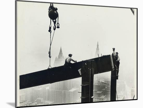 Building the Empire State Building, c.1931 (gelatin silver print)-Lewis Wickes Hine-Mounted Photographic Print