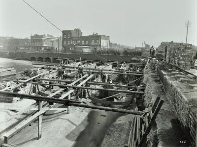 Building the Sewer at Stratford High Street, West Ham, London, 1905--Photographic Print