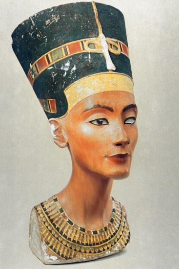 Bust of Nefertiti, Queen and Wife of the Ancient Egyptian Pharaoh Akhenaten (Amenhotep I)--Photographic Print