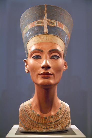 Bust of Nefertiti--Photographic Print