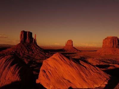 Buttes in Monument Valley at Sunset-Raul Touzon-Photographic Print
