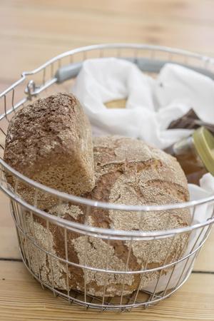 https://imgc.artprintimages.com/img/print/buying-bread-without-packaging-in-the-unpackaged-stueckgut-shop-altona-hamburg-germany_u-l-q1exuw90.jpg?p=0