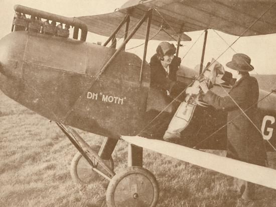 'By Air to the Golf Links in a Little 27-60 HP 'Moth' Light 'Plane', 1927-Unknown-Photographic Print