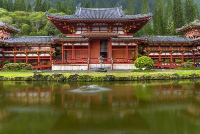 Byodo-In Buddhist Temple, Kaneohe, Oahu, Hawaii, USA-Charles Crust-Photographic Print