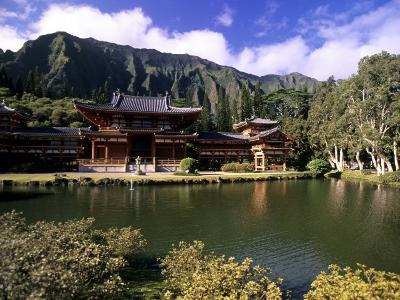 Byodo-in Temple, Oahu, Hawaii, USA-Michael DeFreitas-Photographic Print