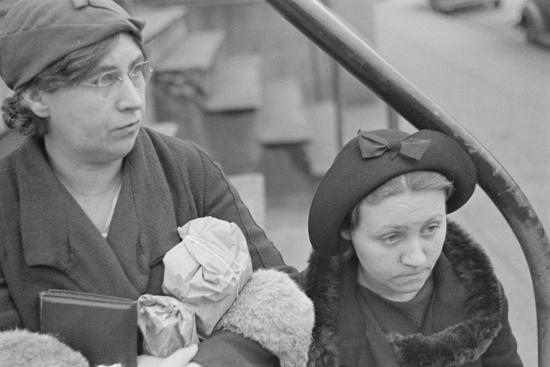 Bystanders in Bethlehem, Pennsylvania, 1936-Walker Evans-Photographic Print