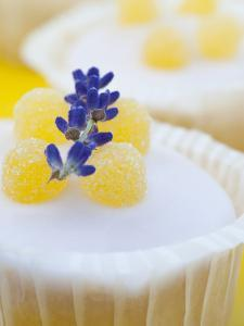 Jelly - Muffin with Lavender, Detail by C. Nidhoff-Lang