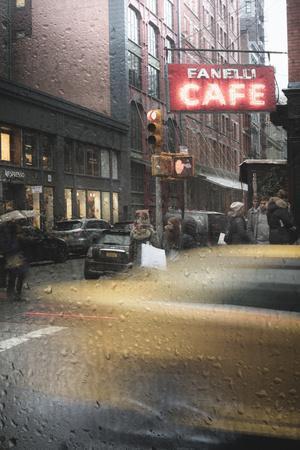 https://imgc.artprintimages.com/img/print/cafe-and-cab-rain_u-l-q1a6q0b0.jpg?p=0