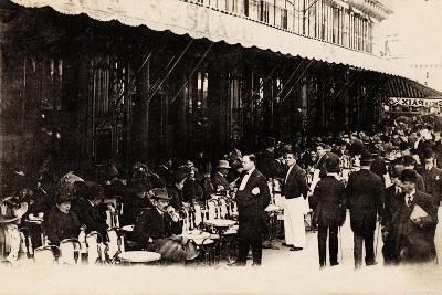 Cafe of Les Grands Boulevards, Paris, 1910--Giclee Print