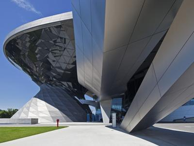 Main Entrance to BMW Welt (BMW World) , Multi-Functional Customer Experience and Exhibition Facilit