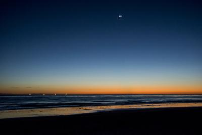 California, Carpinteria, Santa Barbara Channel, Beach at Low Tide-Alison Jones-Photographic Print