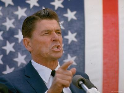 California Gubernatorial Candidate Ronald Reagan Speaking in Front of American Flag Backdrop-Bill Ray-Photographic Print
