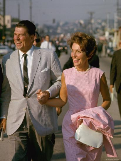 California Gubernatorial Candidate Ronald Reagan with Wife Nancy While on the Campaign Trail-Bill Ray-Photographic Print