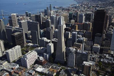 California, San Francisco, Transamerica Pyramid Skyscraper and Skyline-David Wall-Photographic Print