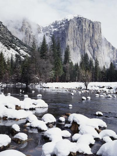 California, Sierra Nevada, Yosemite National Park, Snow on El Capitan-Christopher Talbot Frank-Photographic Print