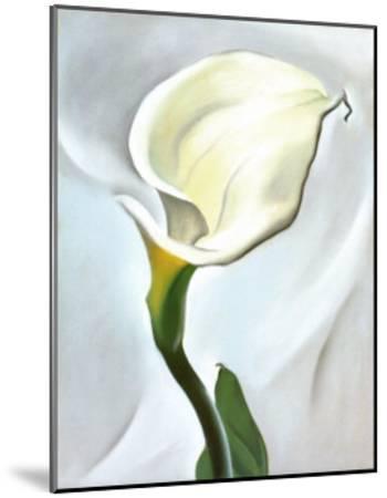 Calla Lily Turned Away, 1923-Georgia O'Keeffe-Mounted Art Print