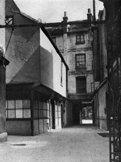 Calvert's Buildings, with a Courtyard Typical of the Old Borough High Street, London, 1926-1927- Whiffin-Giclee Print