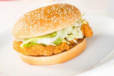 Crispy Chicken Burger by calvste