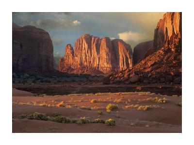 Camel Butte rising from the desert floor, Monument Valley, Arizona-Tim Fitzharris-Art Print
