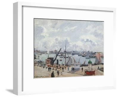 The Outer Harbour of Le Havre, Quai De Southampton, the Honfleur Boat Leaving the Harbour, 1903