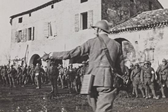 Campagna Di Guerra 1915-1916-1917-1918: Soldiers During the Battle of the Piave Fagaré--Photographic Print