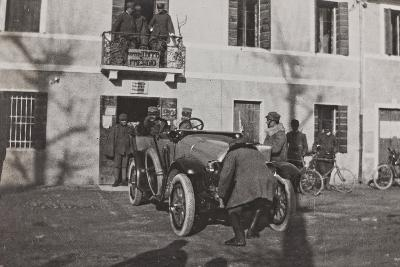 Campagna Di Guerra 1915-1916-1917-1918: Soldiers with a Car at Cavrie Near the Piave--Photographic Print