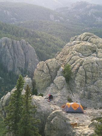https://imgc.artprintimages.com/img/print/camping-on-harney-peak-in-the-black-hills_u-l-p4nrwk0.jpg?p=0