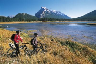 Canada, Alberta, Banff National Park, Vermilion Lake, Tourists with Bikes--Giclee Print