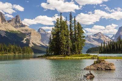 Canada, Alberta, Jasper National Park, Maligne Lake and Spirit Island-Jamie & Judy Wild-Photographic Print