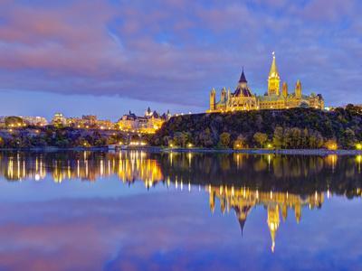 https://imgc.artprintimages.com/img/print/canada-ontario-ottawa-canadian-parliament-across-ottawa-river_u-l-phz05m0.jpg?p=0