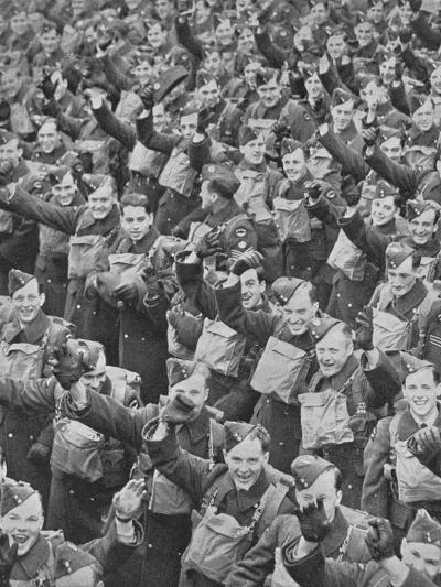 Canadas Airmen Arrive, 1939, (1940)--Photographic Print
