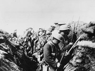 https://imgc.artprintimages.com/img/print/canadian-troops-fix-bayonets-in-preparation-for-a-raid-on-enemy-lines-in-the-somme-area_u-l-q108bgs0.jpg?p=0