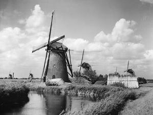 Canalside Windmills