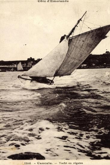 Cancale, Yacht En Régates, Segelboot, Windig, Wellen--Giclee Print