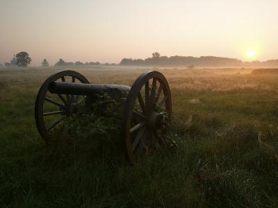 Cannon at the Gettysburg Battlefield-Michael Melford-Photographic Print